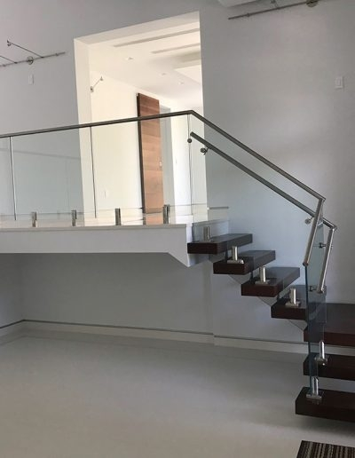Floating Stairs And Glass Railing Nivia Fernandez David Viera | Floating Stairs With Glass Railing | Wall | Commercial | Glass Staircase | Thin Glass | Modern
