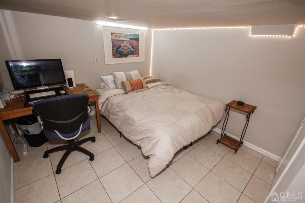 111 Fiat Avenue, Iselin, 08830, 3 Bedrooms Bedrooms, ,2 BathroomsBathrooms,Residential,For Sale,Fiat,2114118R