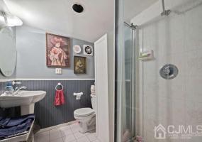 235 Dunhams Corner Road, East Brunswick, 08816, 3 Bedrooms Bedrooms, ,2 BathroomsBathrooms,Residential,For Sale,Dunhams Corner,2116706R