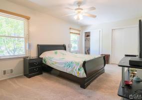 22 Gardenia Court, Sayreville, 08872, 2 Bedrooms Bedrooms, ,1.5 BathroomsBathrooms,Residential,For Sale,Gardenia,2116834R