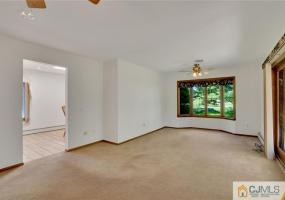 250 Rues Lane, East Brunswick, 08816, 3 Bedrooms Bedrooms, ,3 BathroomsBathrooms,Residential,For Sale,Rues,2150517M
