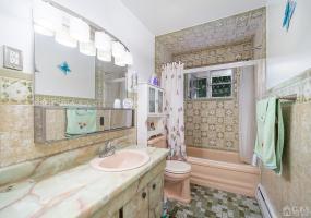 10 Kubala Avenue, Carteret, 07008, 5 Bedrooms Bedrooms, ,2 BathroomsBathrooms,Residential,For Sale,Kubala,2119040R