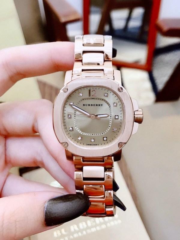 Đồng hồ Burberry nữ đẹp