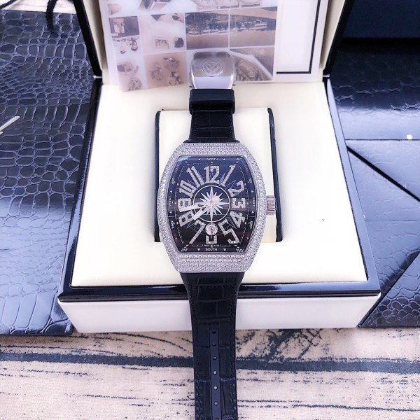 Đồng hồ Franck Muller nam máy cơ