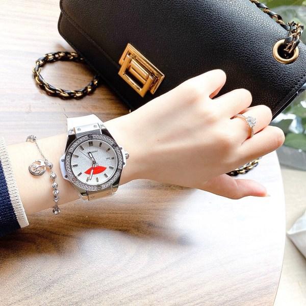 Đồng hồ Huboler nữ đính đá
