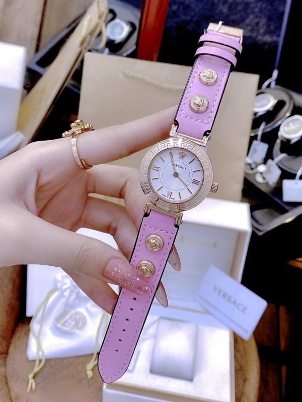 Đồng hồ Versace nữ dây da màu hồng