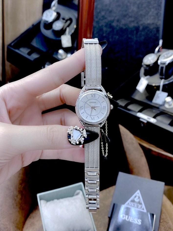 Đồng hồ Guess