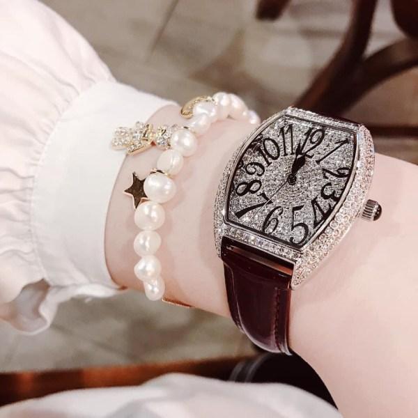 Đồng hồ Davena nữ dây da màu nâu