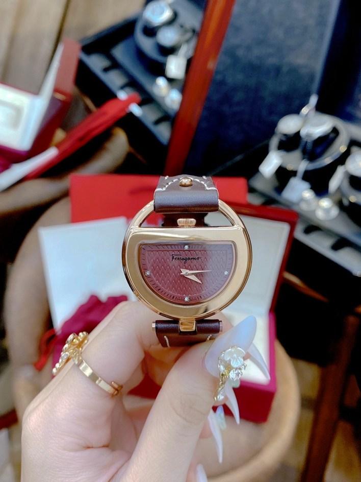 Đồng hồ Salvatore Ferragamo nữ siêu cấp