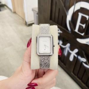 Đồng hồ Chanel đính đá