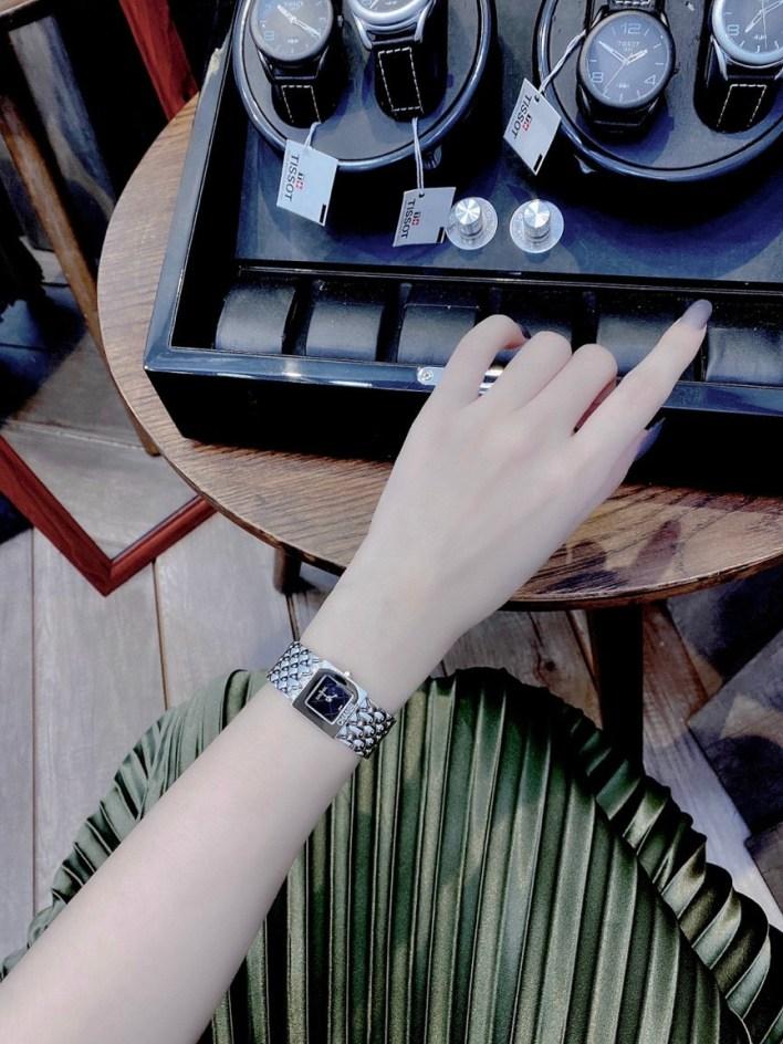 Đồng hồ Chanel nữ
