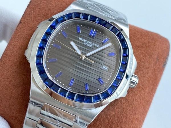 Đồng hồ Patek Philippe Nautilus Thụy Sỹ