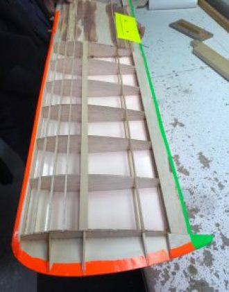 Folding over wing tip for support