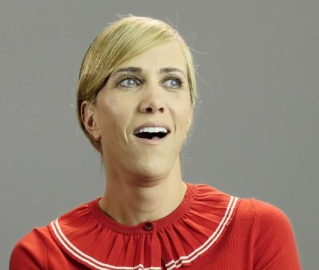 Watch Birthday Stories Kristen Wiig Filmed An Awkward Sex Scene On Her Birthday W Magazine Video Cne