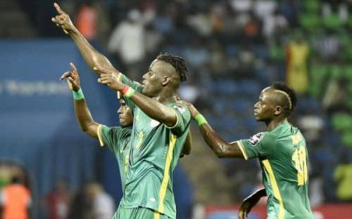 can 2017 le senegal file en quarts des finales apres sa victoire le zimbabwe 2 0 - CAN 2017 : le Sénégal file en quarts des finales après sa victoire le Zimbabwe (2-0)
