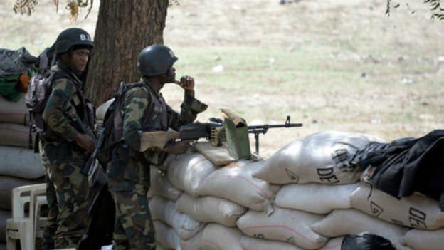 150811120417 cameroun armee 512x288  nocredit - Cameroun/Kolofata:Un kamikaze s'explose dans le camp du Bir