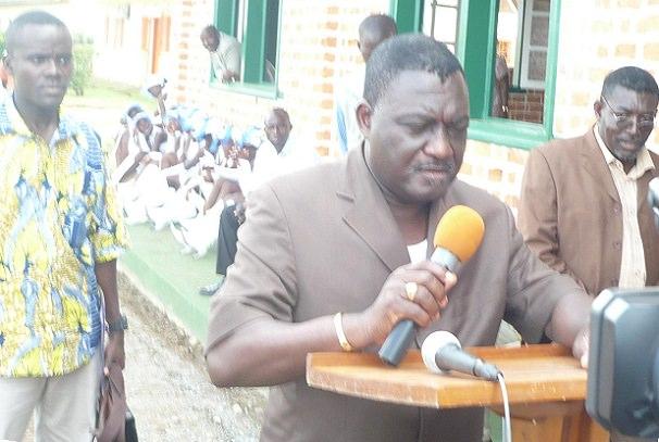 gabon leon nzouba au chevet des sinistres de mouila - Gabon : Léon Nzouba au chevet des sinistrés de Mouila