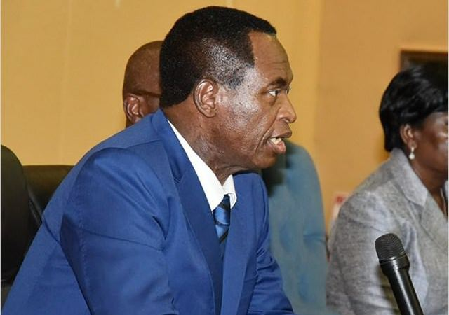 Les Collabos : Ndemezo'o Obiang, héritier d'une institution vide ?