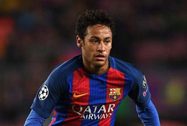 Neymar : La planète football en folie