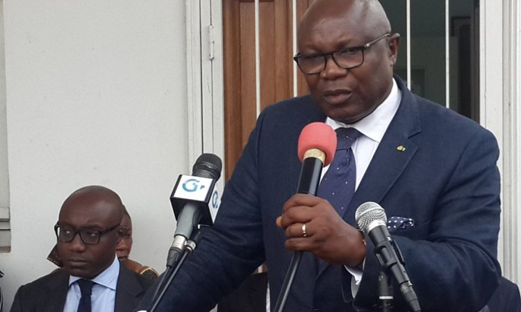 Gabon - Opposition du ventre - Cumule de fonctions : Maganga Moussavou assume