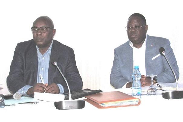 gabon vers une reduction du train de vie de letat - Gabon : Vers une réduction du train de vie de l'Etat