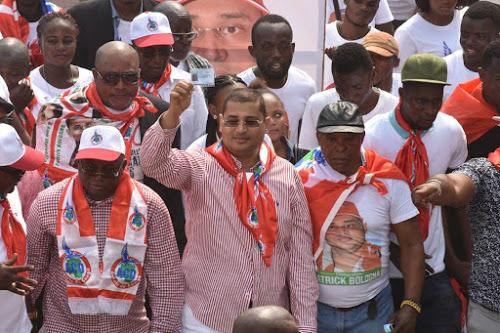 Insalubrité à Kinshasa : le député Bologna plaide pour l'implication du gouvernement Central