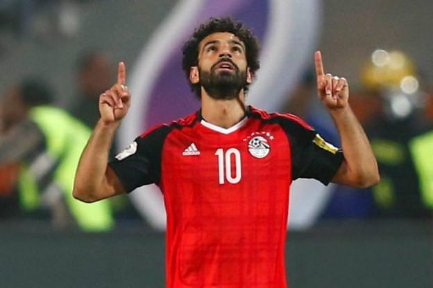 Football/Ballon d'or CAF : Aubameyang en ballotage défavorable, Salah en passe de remporter le titre !