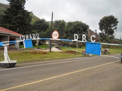 la neutralisation des adf au centre dune reunion entre les fardc et larmee ougandaise - La RDC et l'Ouganda conviennent de simplifier le commerce frontalier