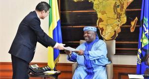 L'ambassadeur de Chine, reçu en audience par le Président Ali Bongo Ondimba