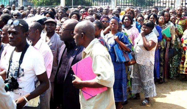 Les fonctionnaires en attente de leurs bons de caisse - Gabon : Début ce mardi de la distribution de bons de caisse aux fonctionnaires