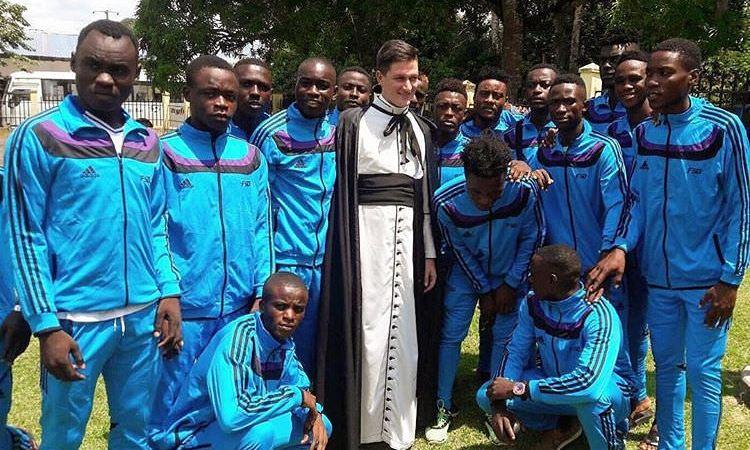 arton40300 - Football/Montée en D2 pro : Panthères Christ Roi défendra les couleurs de la Ngounié