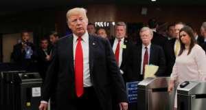 """Etats-Unis : Trump estime que les accusations visant le juge Kavanaugh sont """"totalement politiques"""""""