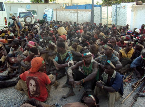 Uvira : des centaines des miliciens se rendent aux FARDC