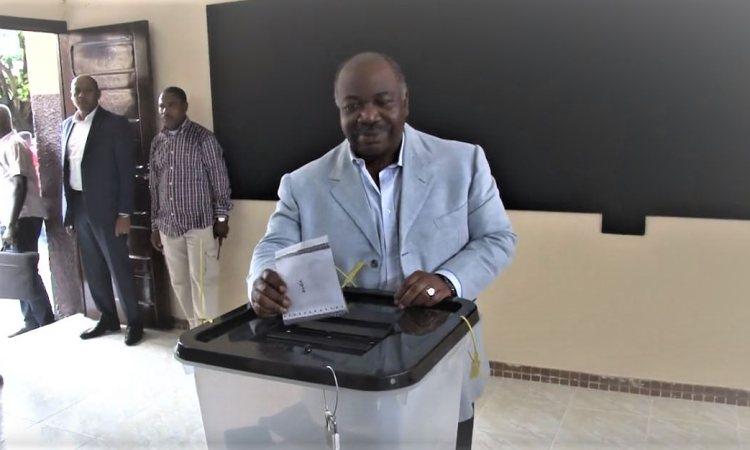 ali vote. - Gabon: Conférence de presse du Porte-parole de la Présidence après le 1er tour des Elections jumelées 2018