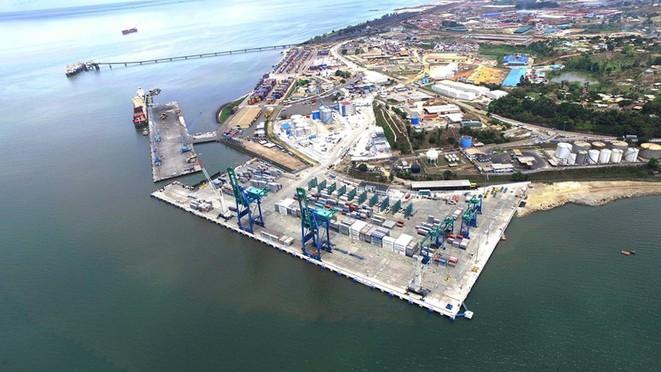 terminal multipurpose owendo manutention conteneurs 01 - Gabon/Enquête spéciale : La face obscure du Port d'Owendo et ses dérives
