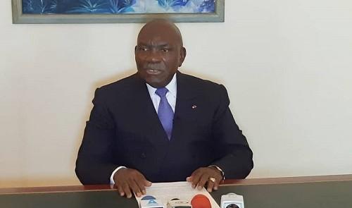 Gabon: Zacharie Myboto exige la vacance du pouvoir et dénonce l'ingérence du Maroc et de la France