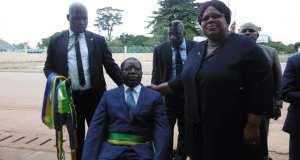 Gabon/Conseil Municipal/Mouila : Jean Norbert Diramba vêtu de ses atours d'édile
