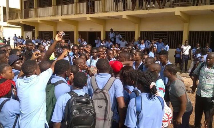 arton40989 - Gabon-Education/Réformes : Une patate chaude !