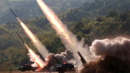Kim ordonne à l'armée le renforcement des capacités de frappe