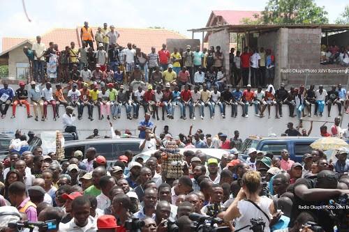 RDC : les militants de l'UDPS envahissent le Parlement