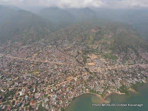 """""""Maji ya amani"""", un projet pour réduire les conflits intercommunautaires à Luberizi, au Sud-Kivu (Léon Baroani)"""