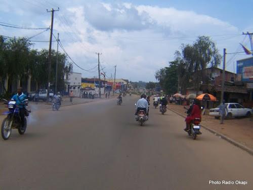 [Photo d'illustration]Le transport en commun à Beni (Nord-Kivu) est assuré par les taximen-motos. 13/11/2016. Ph. Radio Okapi/Freddy Lufulwabo