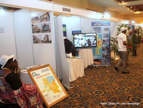 Exposition de produits congolais, lors du Forum des entreprises et investisseurs du monde francophone tenu du 8 au 10 octobre 2012 à Kinshasa. Radio Okapi/ Ph. John Bompengo