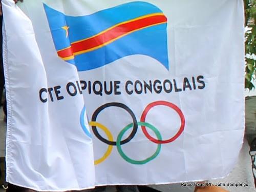 Drapeau du comité olympique congolais. Radio Okapi/Ph. John Bompengo