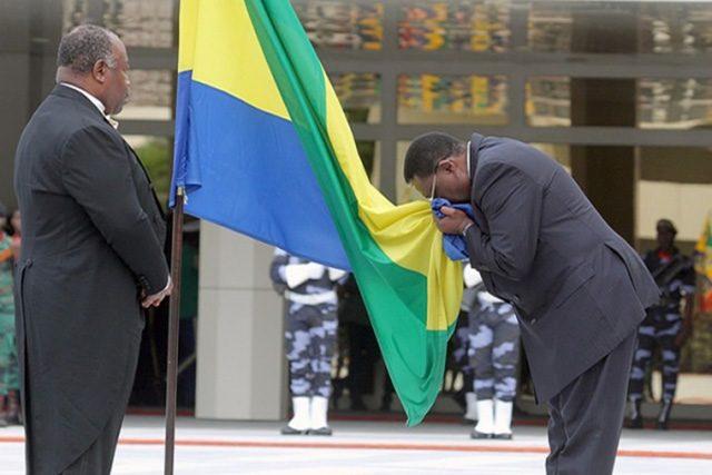Journée du drapeau: Trois couleurs pour un peuple