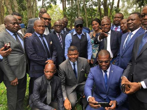 Mediacongo.net : «Mystère de Kingakati : Kabila tranche sur la répartition des postes ministériels au sein du FCC»