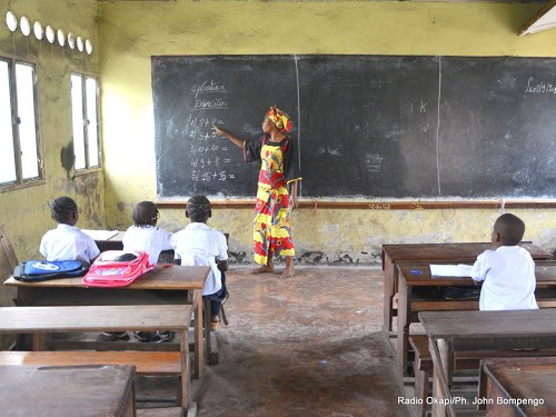 Nord Kivu des parents doutent encore de la gratuite de - Nord-Kivu : des parents doutent encore de la gratuité de l'enseignement de base