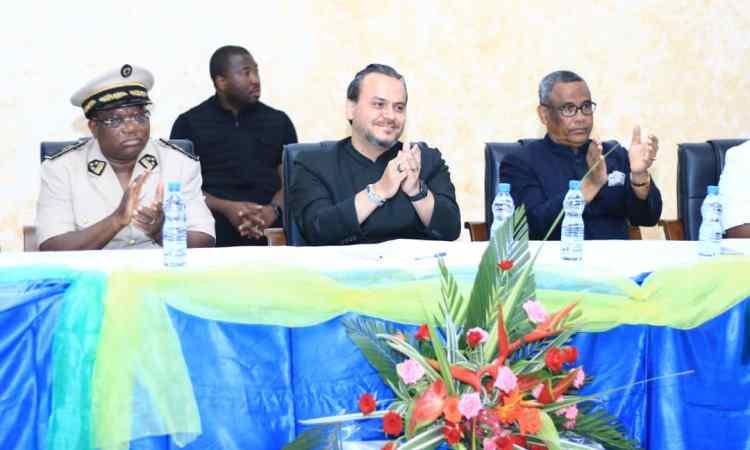 Gabon : 2ème journée de la tournée de Brice LACCRUCHE ALIHANGA à Port-Gentil