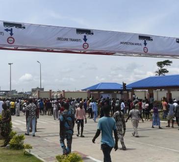 Le Bénin au bord de l'asphyxie après la fermeture de sa frontière avec le Nigeria
