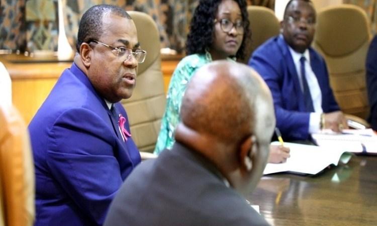 Gabon : 4 000 salles de classe en vue